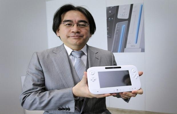 satoru_iwata_wii_u_gamepad