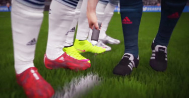 fifa-16-referee-spray